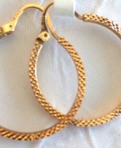 2fac22c7737ba 10k Heart Shaped Cubic Zircon Hoop Earrings – Diamond & Gold
